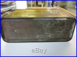 Antique Vintage Race Car 8 Motor Oil Tin Gas Oil Can 1/2 Gallon -cap- Handle