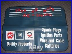 Vintage 1970s nos original GM CHEVROLET AC DELCO Fender Battery Plug promo auto