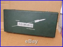 Vintage Olds Oldsmobile Dealership Automotive Promotional Stereo Viewer 1950's