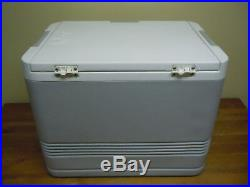 Vintage Subaru Outback Igloo 40Q Thermoelectric Cooler Warmer with Power Adapter
